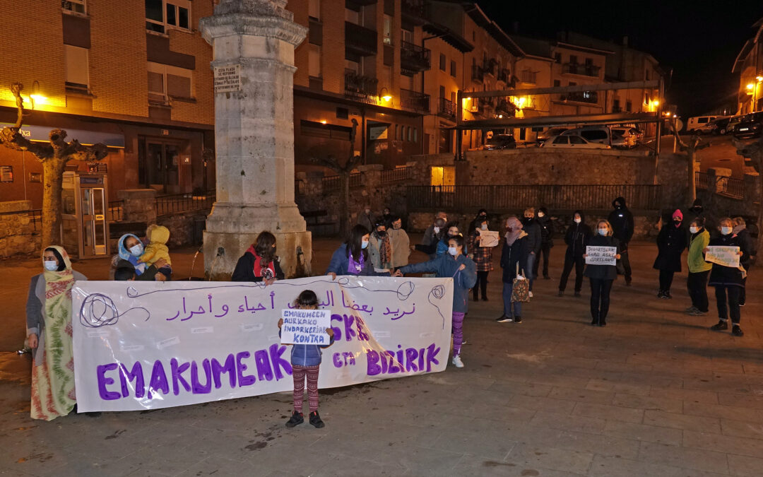 Setenta personas en las concentraciones del 25 N en Kanpezu y Maeztu