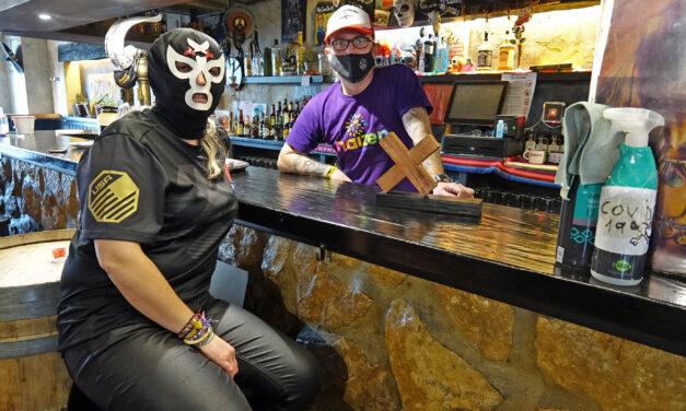 Los 'Premios Oxido 2020' distinguen a la comerciante local Nora Basterra y a la hostelería de Kanpezu