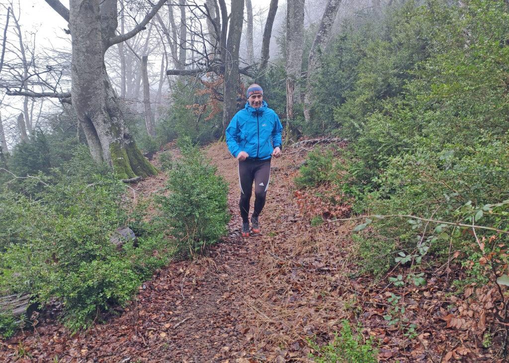 El corredor esloveno apareció por sorpresa en la subida a La Tortura