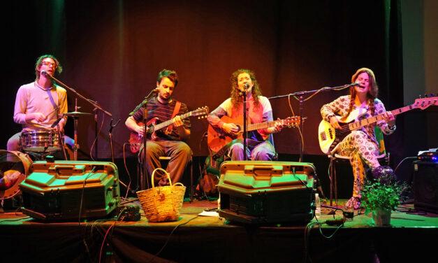 La pócima musico-teatral de Magufada, un soplo de aire fresco en Kanpezu