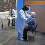 La segunda vacuna da tranquilidad desde hoy a 162 personas mayores de 80 años de Montaña Alavesa