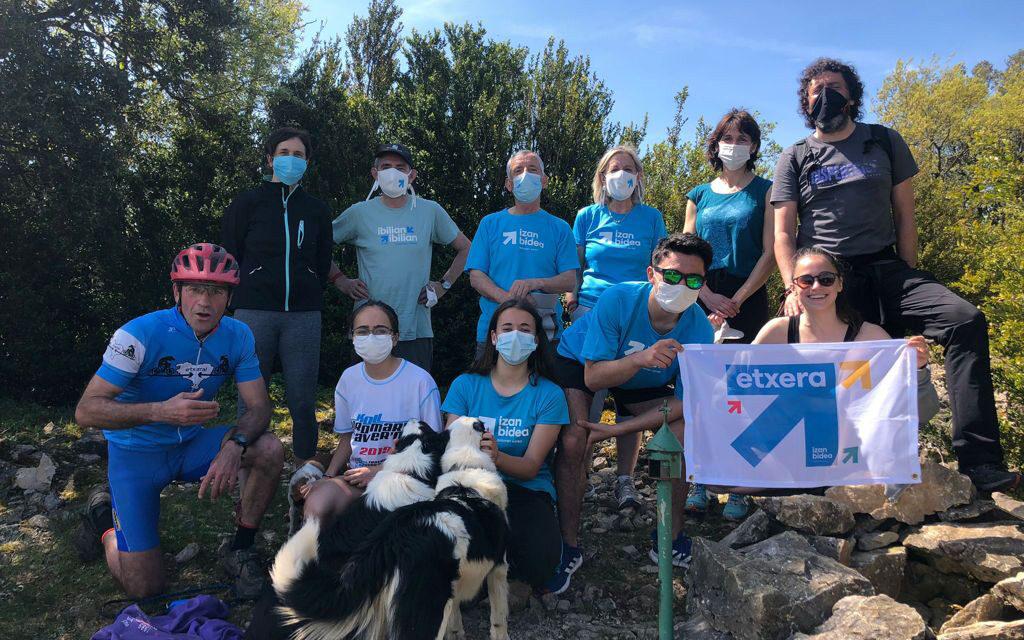 180 personas participaron en Izan bidea en Mendialdea con la ascensión a 16 cumbres